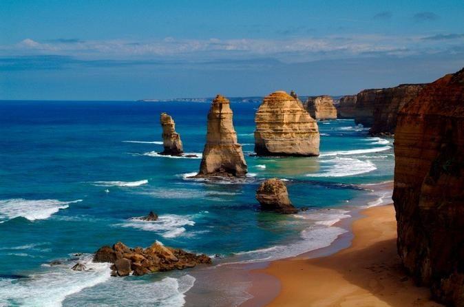 Una #excursión que no te puedes perder en tu #viaje o Luna de Miel en #Australia: La Carretera Oceánica. Con miradores y vistas totalmente espectaculares, se trata de una excursión recomendada para parejas.  http://www.felicesvacaciones.es/luna-de-miel-australia-1135/#Excursiones-Australia