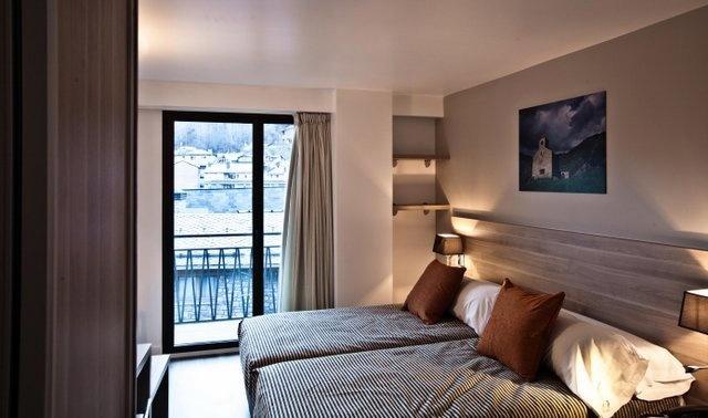 Reservar hotel del pui la massana andorra hotel pie de for Hotel familiar andorra
