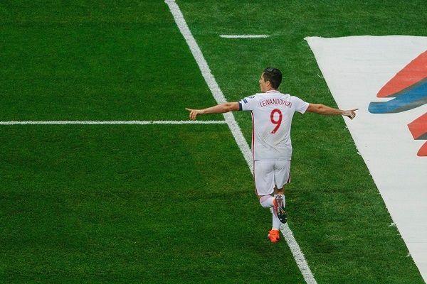 Liczymy na powtórkę z Armenią • Robert Lewandowski czyli bezsprzeczny bohater meczu Polska Dania w Elim MŚ 2018 • Wejdź i zobacz >> #polska #pol #pilkanozna #futbol #sport #memy