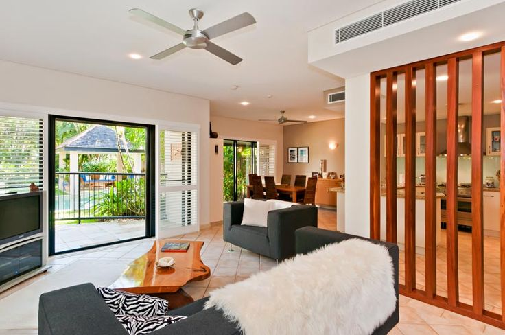 Enjoy a relaxing holiday in this luxurious holiday home! #PortDouglasHolidays #CairnsHoliday www.OzeHols.com.au/42