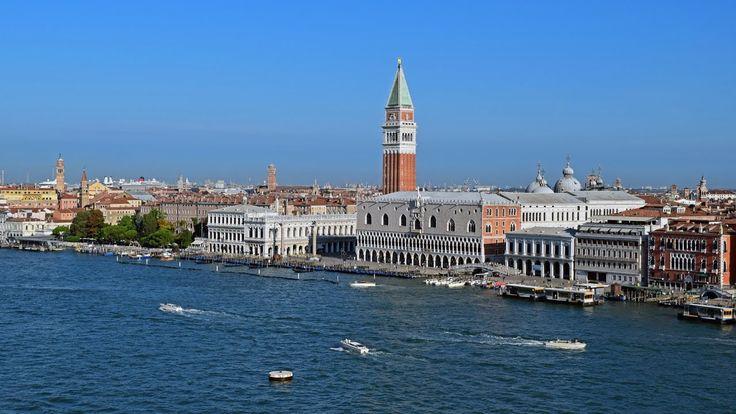 Venezia - Arrival with Costa Mediterranea