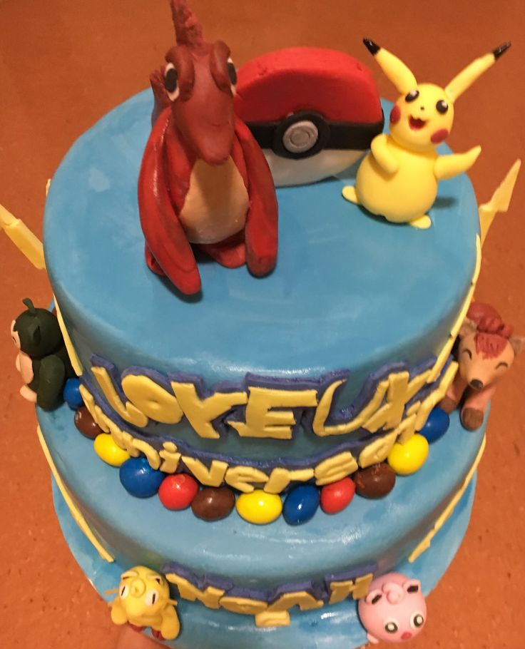 17 meilleures id es propos de gateau pokemon sur pinterest cake pokemon g teaux de 6e. Black Bedroom Furniture Sets. Home Design Ideas