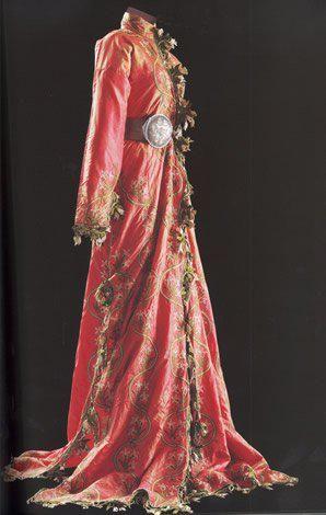 Üçetek entari, c. late 19th century :: belonging to the Sadberk Hanim Museum