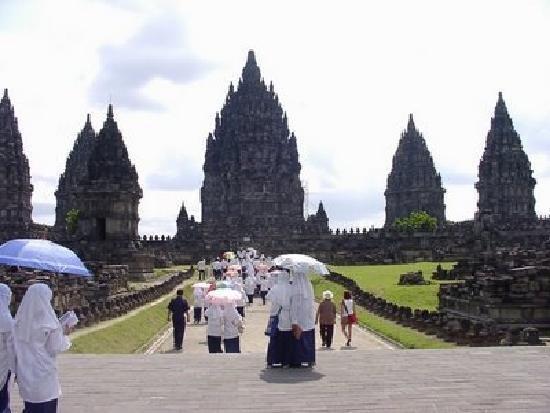 Art and Culture in Yogyakarta: Prambanan Temple