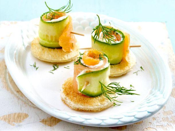 Unser beliebtes Rezept für Mini-Gurken-Lachs-Röllchen und mehr als 55.000 weitere kostenlose Rezepte auf LECKER.de.