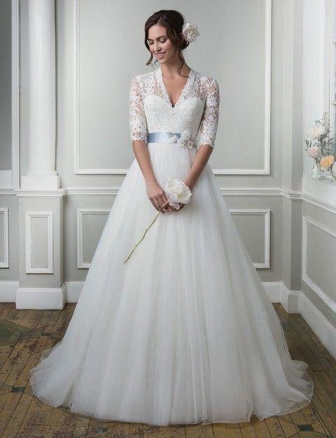 Biele svadobné šaty svadobný salon valery, svadobné šaty s tylovou sukŇou, romantické svadobné šaty, biele svadobné šaty