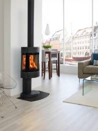 An all time classic and Reddot design award winner. The Scan 58 series of stoves offers you a wide choice of bases, window configurations and finishes. There really is a version to suit every home, rated at 6 kW's.