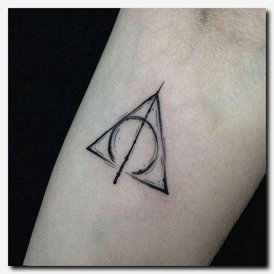 #Tattooideen #Tattoo-Ärmel-Designs für Tattoos, einzigartige Tattoos für Männer, bedeutungsvolle hawaiianische Tattoos, weißer Lotos-Piercing, seitliche Fußtattoos, schöne Koi-Fisch-Tattoos, Stammes-Tattoos für Hirsche, die meisten ungewöhnlichen Tattoos, Tätowierungsideen für amerikanische Flagge, Henna-Tattoo-Zeichnung, der beste Ort für ein Tattoo auf einer Frau, Schlangentattoo auf dem Rücken, ägyptische Tattoo-Designs für Männer, Sterntattoo auf dem Ellbogen, große Bein-Tattoos, Seitenkäfig für Mädchen – Tattoos