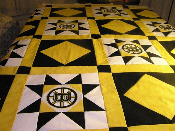 But where can you find Bruins fabric??? I've seen Boston Celtics, Red Socks and Patriots fabrics but no Bruins :(