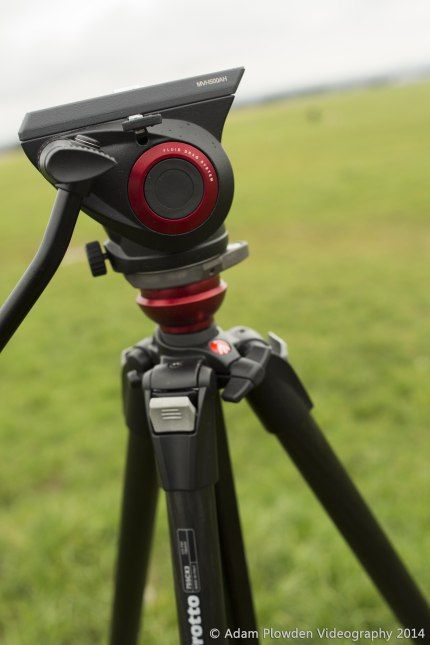 Enjoy this romantic video experience by Adam Ploweden with a Manfrotto 055Pro-B tripod and discover how to choose the right tripod and head!
