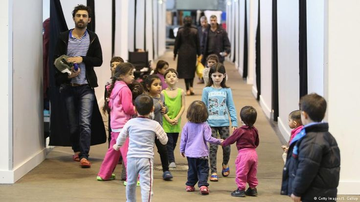 German government reckons on 3.6 million refugees by 2020: report #World #iNewsPhoto