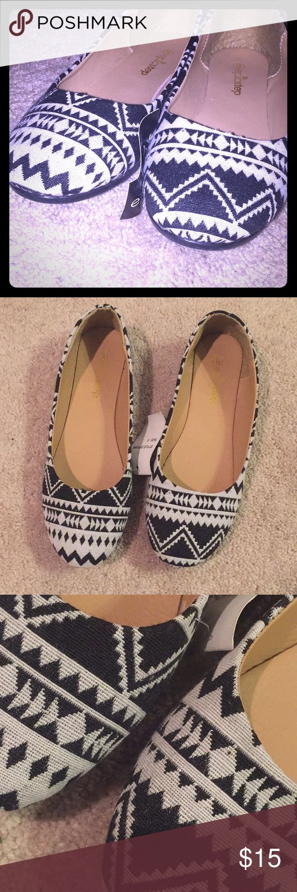 NWT Black and white Aztec flats NWT Never worn adorable Black and white knit like outside Aztec patterned flats! I ordered these online and they are too small for me. I usually wear a 9-9.5 and these were tight. I would say these would fit an 8.5 best. Shoes Flats & Loafers