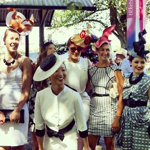 @ladyofleisuremillinery shows off her gorgeous #hats at #melbourne #derbyday
