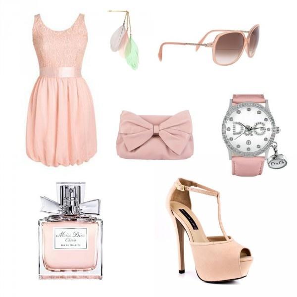 Пастельный оттенок розового в одежде