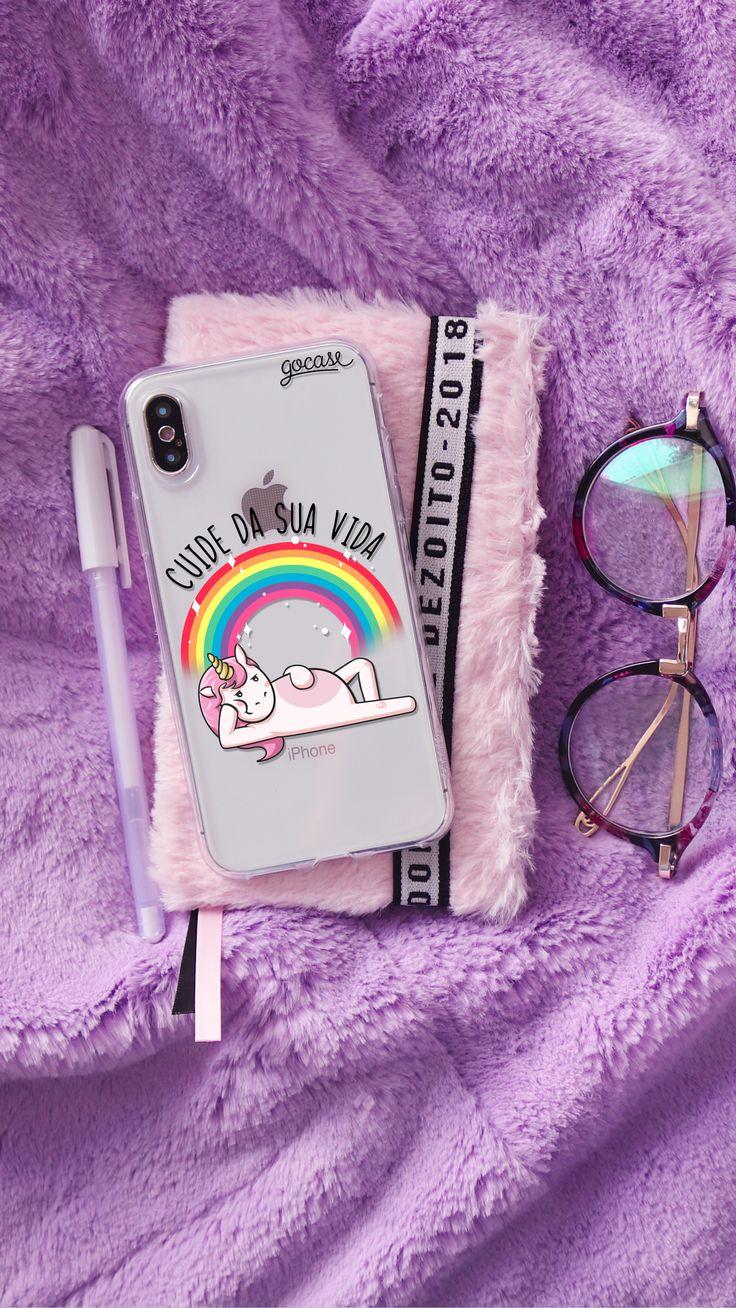 Capinha para celular Cuide da sua Vida, agenda de pelúcia rosa, óculos, caneta branca, pelúcia lilás. | Frases de 2019 | Pinterest | Capas de celular, Capas para telefone e Capinhas de celular tumblr