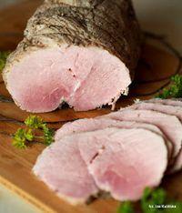 Często piekę kawałek mięsa  żeby użyć go potem jako wędliny do chleba bo szynki sklepowe nam po prostu nie smakują. Ale pieczeń to pieczeń ...