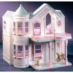 LEAH!!! Remember this?!?!?!...shut the front door!!!! best Barbie house ever!!!!