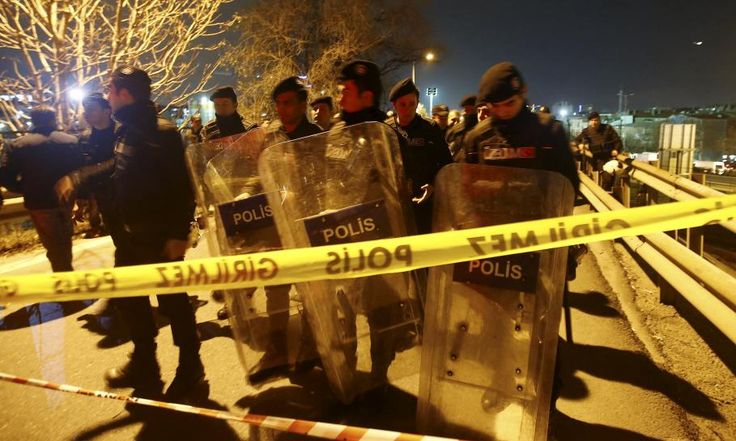 Pipe bomb explodes on overpass near Istanbul metro, five hurt: local mayor