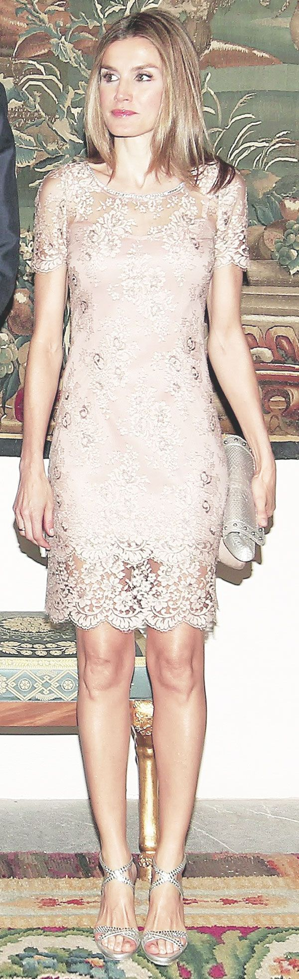 Letizia, Princess of Asturias wore a FELIPE VARELA lace dress and Magrit sandals at the Palace of the Almudaina for the traditional dinner with the authorities of the Balearic Islands as part of the summer holidays of the royal family in Palma de Mallorca. 10/8/2012