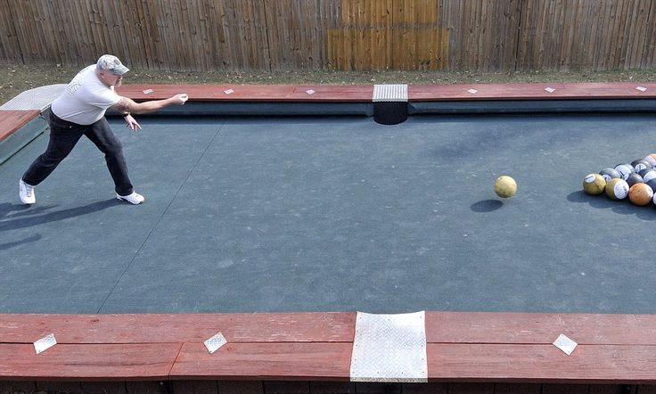 Big Break Giant Pool Table Is 30 Feet Long And Uses 6lb