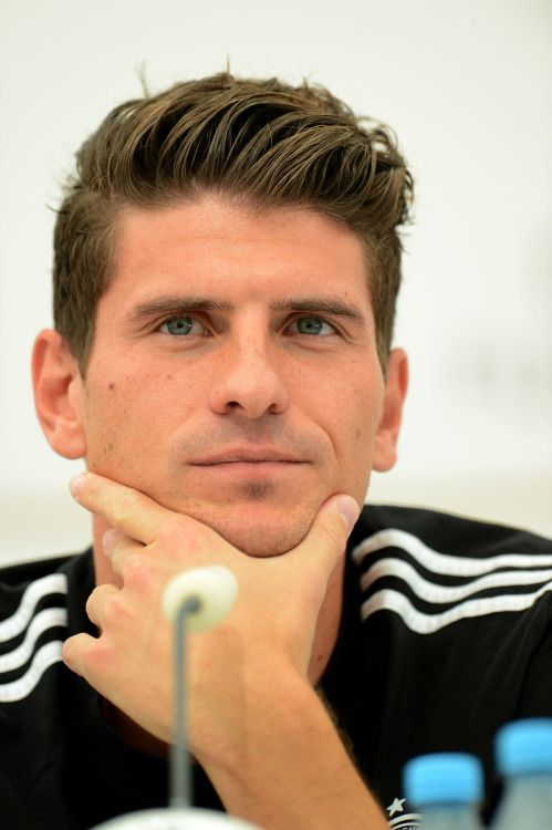 The handsome Mario Gomez <3