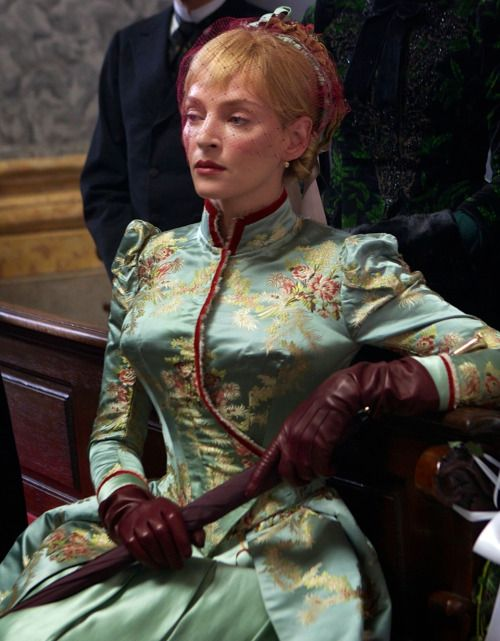 Uma Thurman as Madeleine Forestier in Bel Ami (2012).