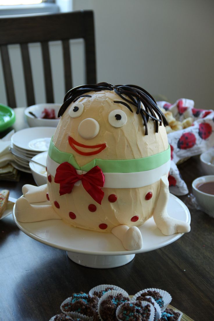 Humpty Dumpty Birthday Cake