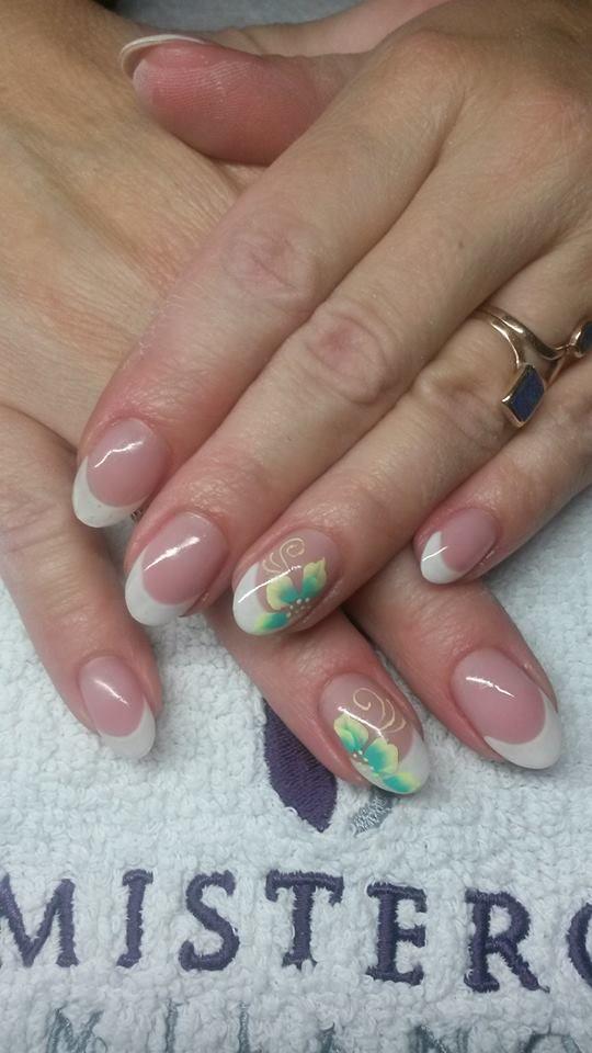 #gel #french #onestroke #nailart #bloemetjes #flowers