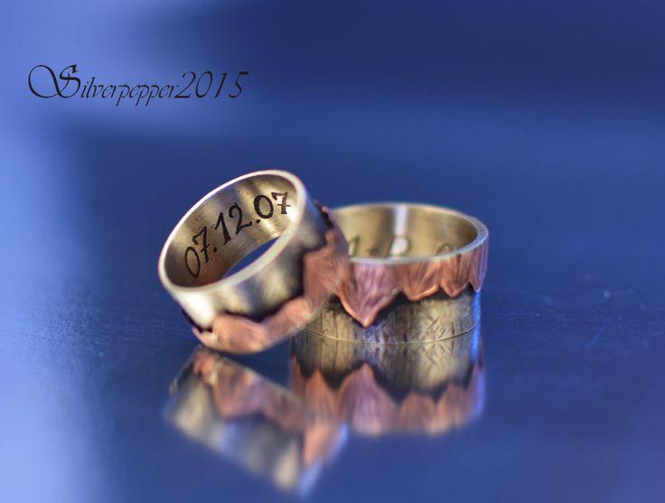"""Купить Парные кольца с инициалами """"Лучше гор могут быть только..."""" - серый, медный, коричневый, горы"""