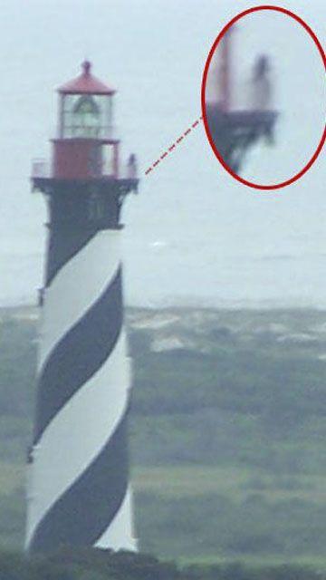 La jeune fille sur la photo serait le fantôme du phare de St Augustin