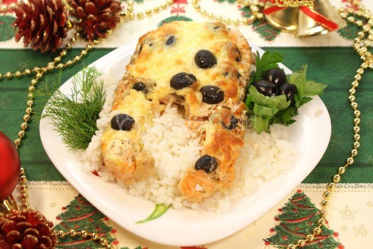 Сёмга «Пикантная», настоящее царское угощение на вашем столе. Гости будут в восторге от такого аппетитного блюда.
