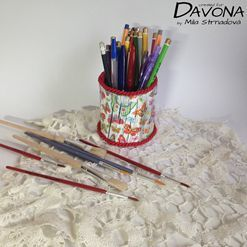 Organizér na tužky z plastové lahve