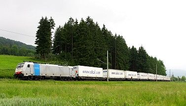 Her adımımızı gelecek nesillere daha iyi bir dünya bırakmak için atıyoruz http://www.ekol.com/tr/tasimacilik/demiryolu