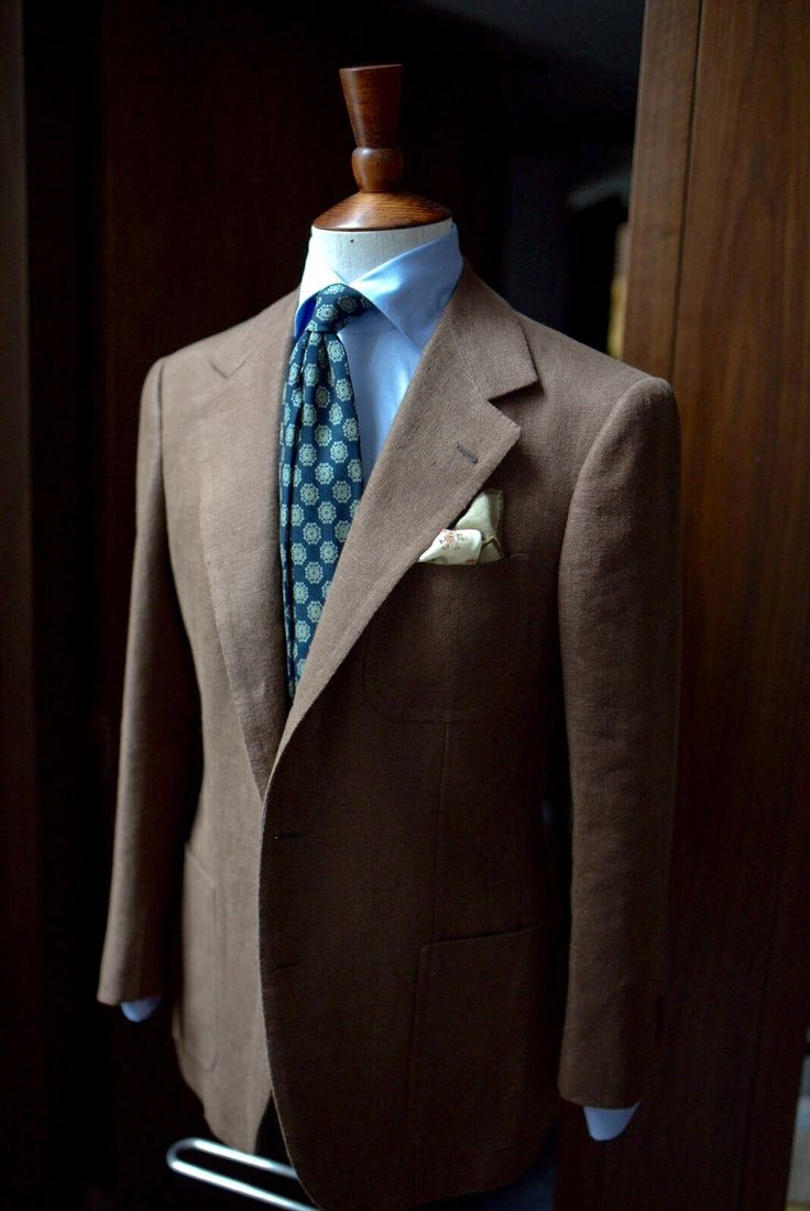 Hong kong and new york s artisanal men s clothier specializing in classic menswear and tailored clothing from around the world