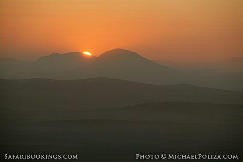 Sunrise over the hills (Kaokoland, Namibia) - Namibia travel guide: http://www.safaribookings.com/namibia