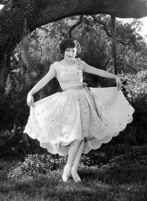 Clara Bow, 1928.