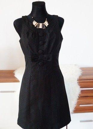 Dámské elegantní černé šaty