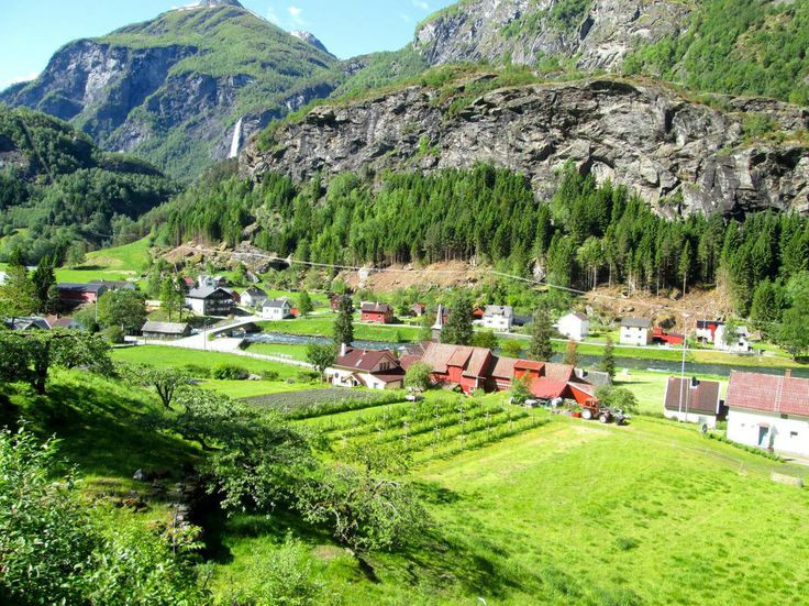 Old Flam, Norway  - http://earth66.com/village/old-flam-norway/
