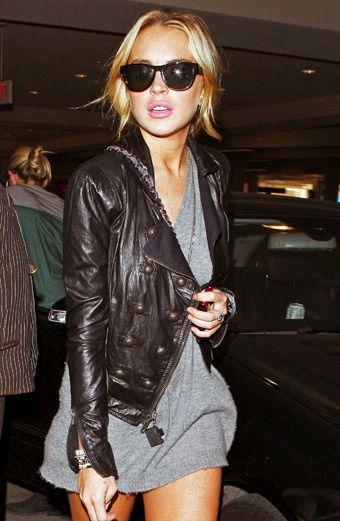 lindsay lohan. black leather jacket. ray bans.