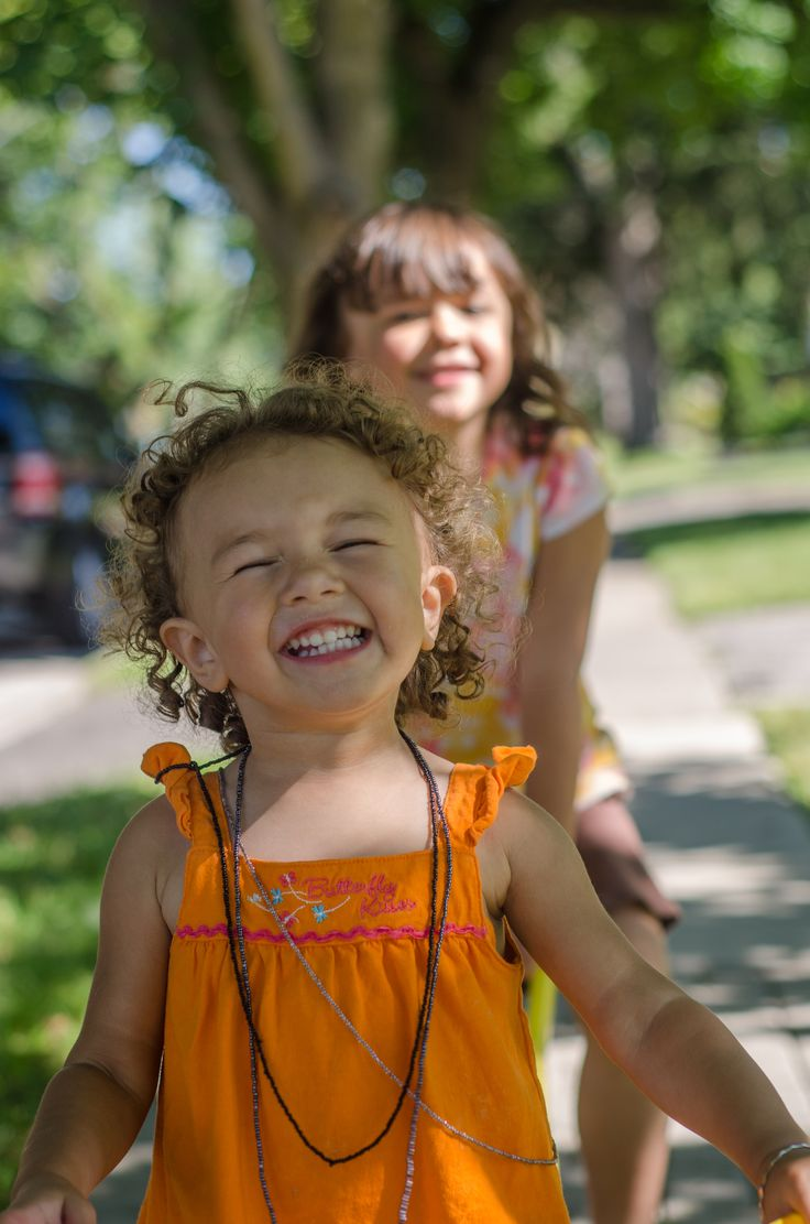 Toddler smiles lifestyle photography Erin Hall Photography Hamilton ON