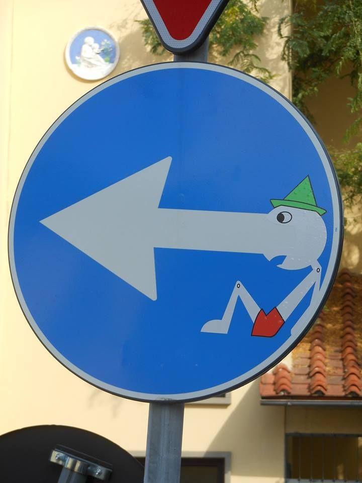 Street art - clet - 18                                                                                                                                                     Mais