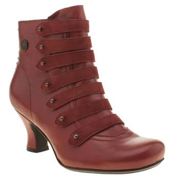 womens hush puppies red tiffin verona boots, size 5