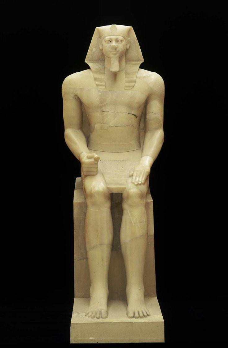Colossal statue of king menkaura mycerinus old kingdom