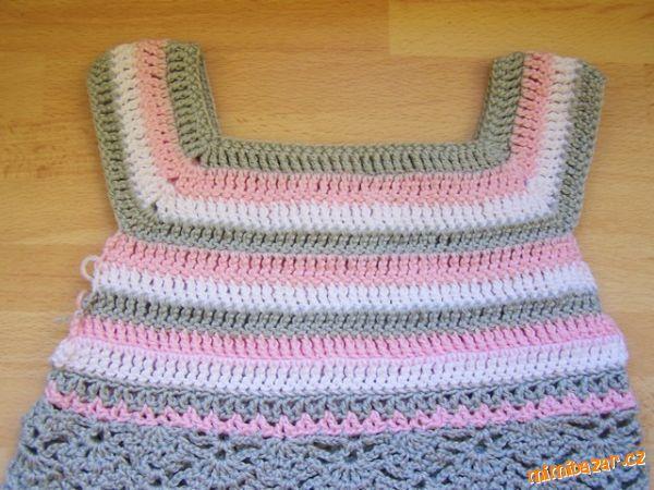 Sedlo na šaty i svetr svetřík 2x