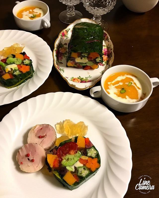 野菜のテリーヌ 鶏ハム添え バターナッツかぼちゃの冷製スープ🍽