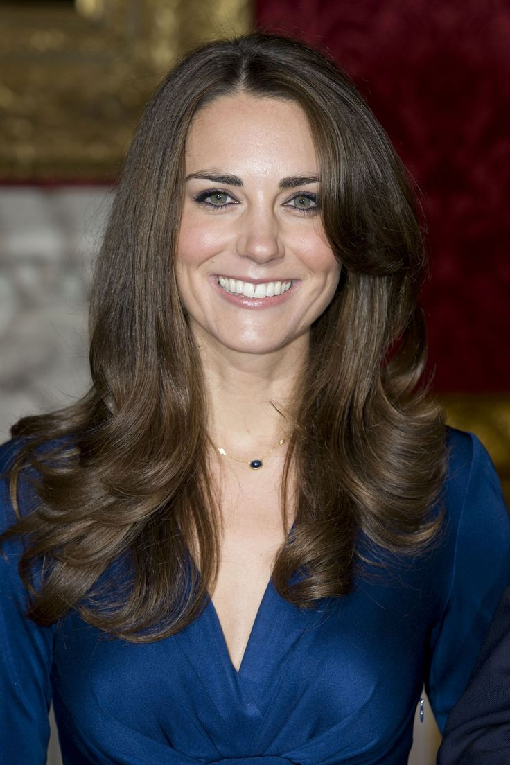 Kate Middleton Hair & Hairstyles - Duchess Of Cambridge ...