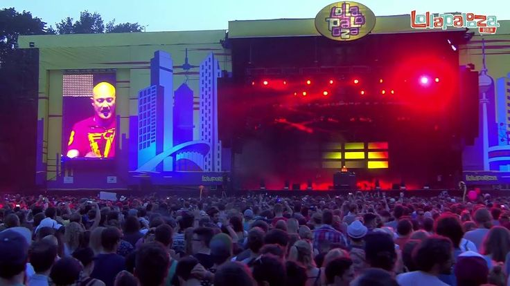 "Premiering the EA SPORTS FIFA 17 exclusive ""Let Me Hear You (Scream)"" at Lollapalooza Berlin."