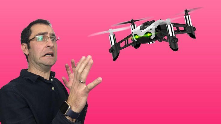 Le drone chef d'orchestre ? https://youtu.be/R3B8NPlrJTA En fin de journée la suite de ce projet en mode #vlog avec les élèves ! #didactica2017 #drone #parrot #parroteducation #phonotonic #phtc @phonotonic @parrot_official #edmus