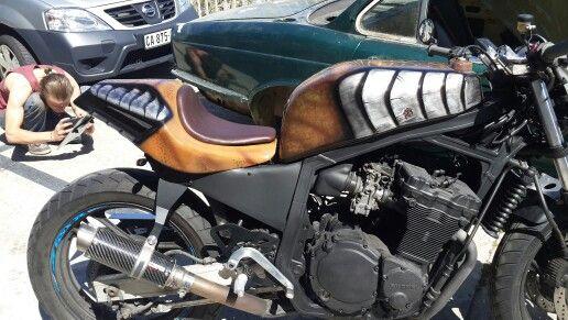 Preditor bike