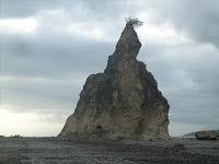 My Trip to Sawarna Beach – South Banten @tanjung Layar http://sawarnasurf.blogspot.com